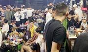 Cảnh sát phong toả quán bar bắt dân chơi ma tuý