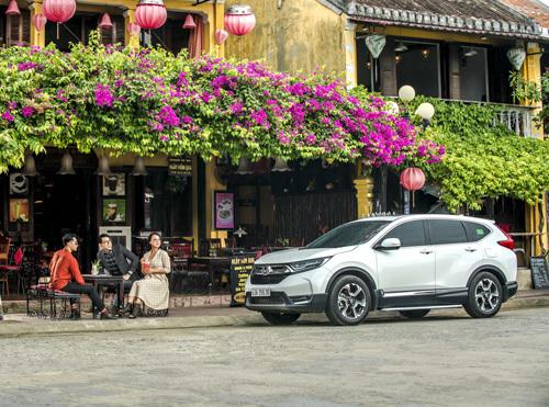 Honda CR-V có khung gầm có độ cứng chắc.