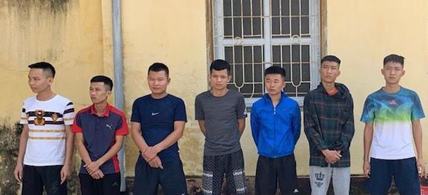 7 nghi can bị Công an TP Sầm Sơn tạm giữ hình sự. Ảnh: Lam Sơn.