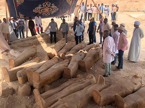 30 quan tài được tìm thấy một cách tình cờ gần nghĩa địa Asasif. Ảnh: Bộ Cổ vật Ai Cập.