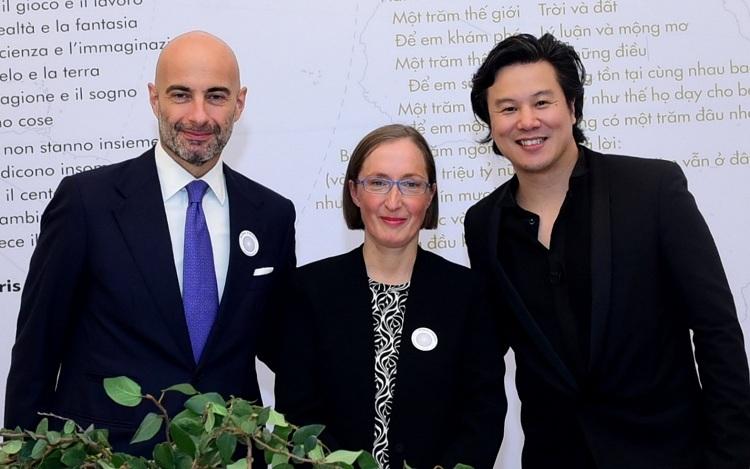 (Từ trái qua) Ông Dante Brandi - Tổng lãnh sự Italytại Việt Nam, Tiến sĩ Claudia Giudici - Chủ tịch Reggio Children và ông Thanh Bùi - nhà sáng lập Embassy Education.