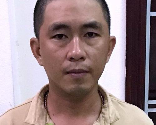 Nguyễn Kim Lân tại cơ quan công an. Ảnh: G.H.