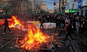Chile chìm trong biển lửa biểu tình