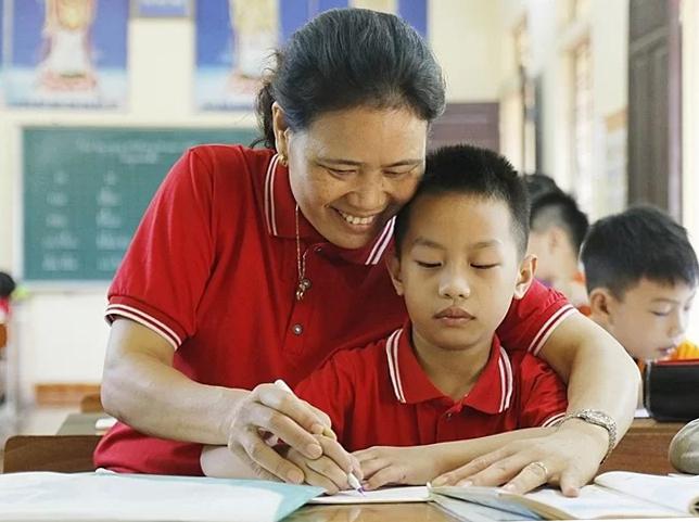 Cô Nguyễn Thị Hòa tại lớp học tình thương. Ảnh: Thanh Hằng