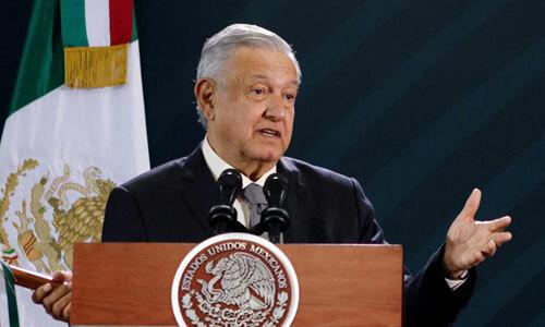 Tổng thống Mexico Obrador trong cuộc họp báo ở Mexico City hôm 18/10. Ảnh: Reuters.
