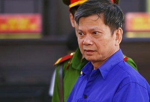 Bị cáo Lò Văn Huynh tại tòa. Ảnh: Phạm Dự.