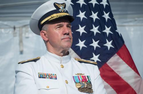 Đô đốc Karl Schultz, Tư lệnh Lực lượng Tuần duyên Mỹ. Ảnh: AFP.