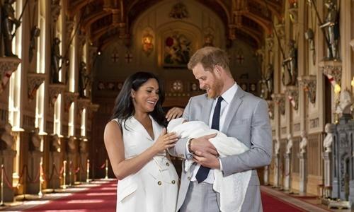Hoàng tử Anh Harry và Công nương Meghan. Ảnh: AP.