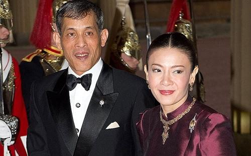 Thái tửMaha Vajiralongkorn và vợ cũ, bàSrirasmi. Ảnh:Telegraph
