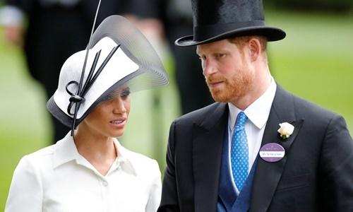 Hoàng tử Anh Harry và Công nương Meghan. Ảnh: Rex.