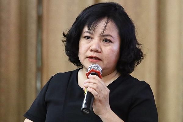 Bà Đinh Thị Thanh Bình trình bày đề án. Ảnh: Gia Chính