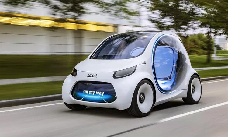 Smart Vision EQ Fortwo sử dụng động cơ điện, tích hợp công nghệ lái tự động hoàn toàn. Ảnh: Daimler