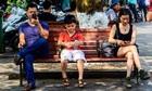 Nhiều cha mẹ Việt thích lớn thay con