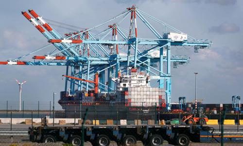Cảng Zeebrugge ở phía tây bắc Bỉ hôm 24/10. Ảnh: Reuters.