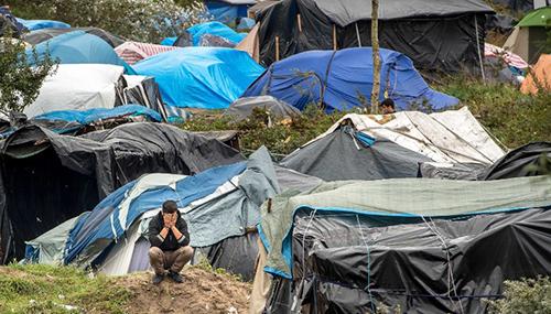 Khu trại của các di dân trái phép ở Calais, miền bắc Pháp. Ảnh: AFP