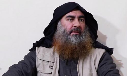 Thủ lĩnh IS xuất hiện trong video hồi tháng 4/2019. Ảnh: Al-Furqan.