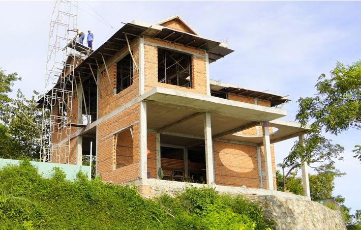 Căn biệt thự mẫu xây khi chưa xin phép của Công ty cổ phần du lịch cáp treo Vũng Tàu. Ảnh: Nguyễn Khoa.
