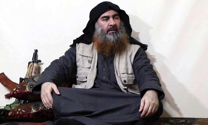 Abu Bakr al-Baghdadi trong video được công bố hồi tháng 4. Ảnh: AFP.