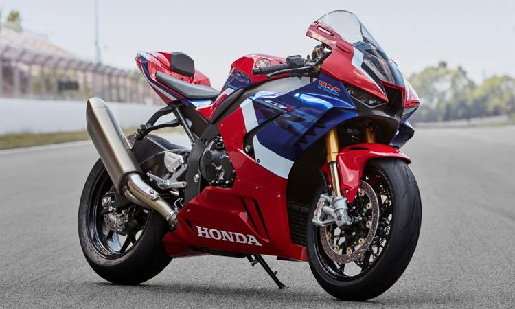 Honda CBR1000RR-R thiên về phong cách xe đua, được phát triển với công nghệ của MotoGP. Ảnh: Honda