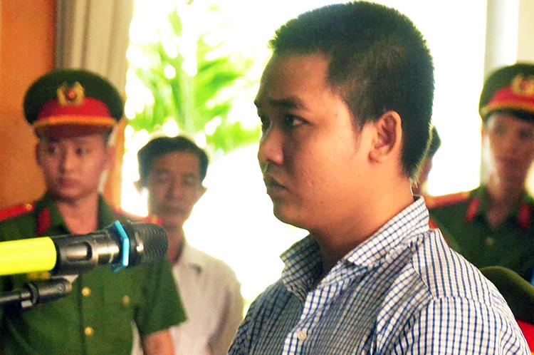 Bị cáo Nguyễn Minh Thắng tại tòa sơ thẩm. Ảnh:Hoàng Nam.