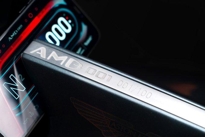 Aston Martin AMB 001 - siêu phẩm môtô giá 120.000 USD