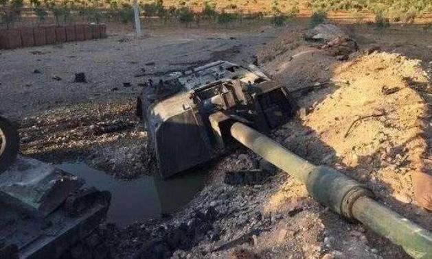 Tháp pháo của tổ hợp T-155 bị thổi bay khỏi thân xe. Ảnh: Batsaikhan/Twitter.