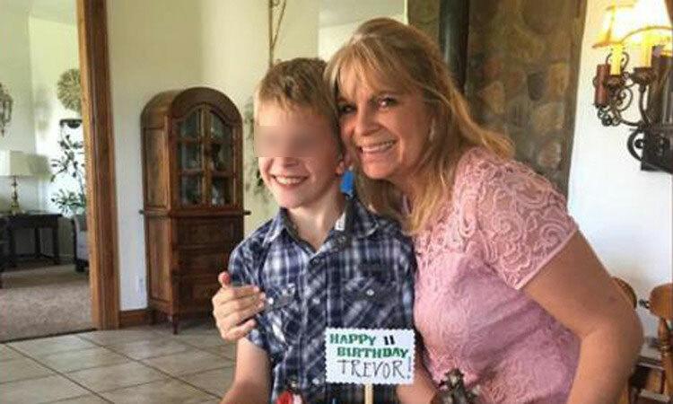 Dawna Ray Langford và con trai Trevor, hai nạn nhân thiệt mạng trong vụ băng đảng đột kích hôm 4/11 ở biên giới Mỹ - Mexico. Ảnh: CNN.