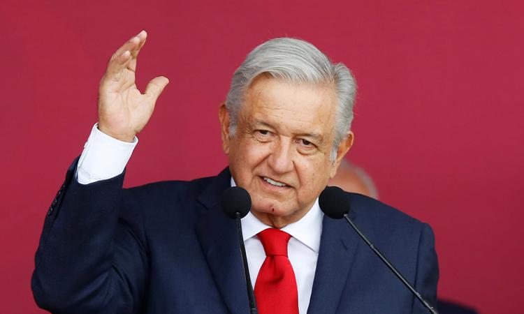 Tổng thống Mexico Obrador tại lễ khởi công xây dựng sân bay quốc tế mới ở bang Zumpango hôm 17/10. Ảnh: Reuters.