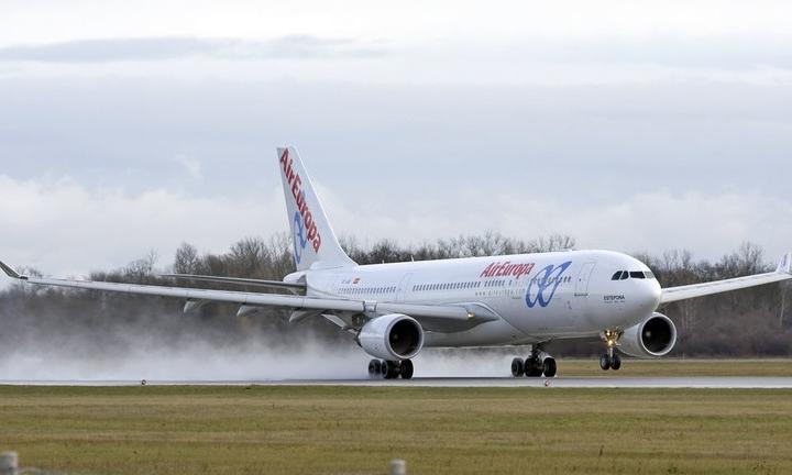 Một máy bay Air Europa tại Croatia năm 2009. Ảnh: Commons.