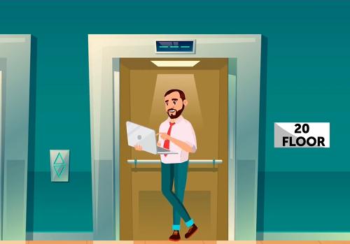 Giám đốc làm sao để thoát ra khỏi thang máy an toàn? - 1