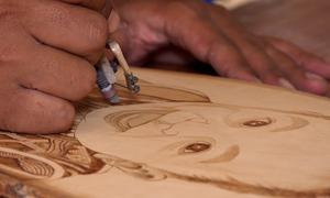 Vẽ tranh bằng bút lửa