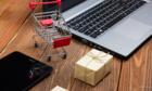 Còn shop online làm ăn chộp giật thì còn khách bom hàng
