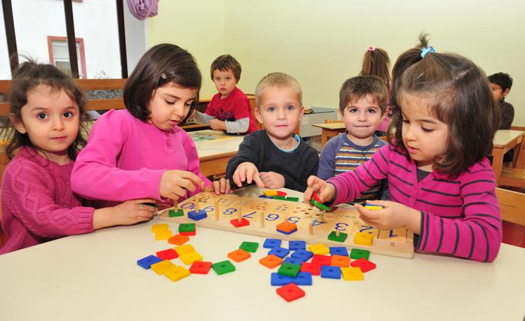 Học sinh Đức không có giờ ngủ trưa, trừ trẻ mầm non. Ảnh: Shutterstock.
