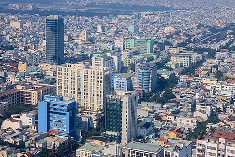 Chuyên gia cho rằng Đà Nẵng nên kiểm soát nhà cao tầng và làm đô thị nén ở trung tâm. Ảnh: Nguyễn Đông.