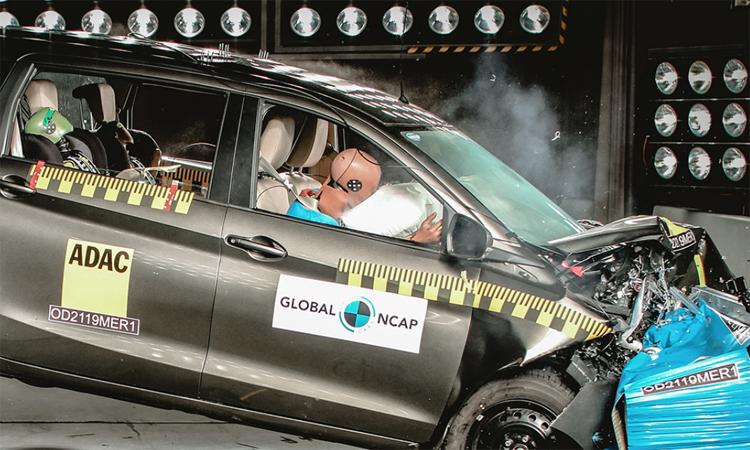 Ôtô hạng nhỏ Ấn Độ nhận điểm kém về thử nghiệm va chạm