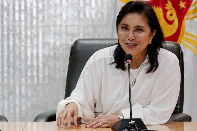 Phó Tổng thống Philippines Leonor Robredo trong cuộc họp báo ở thành phố Quezon, Metro Manila hôm nay. Ảnh: Reuters.