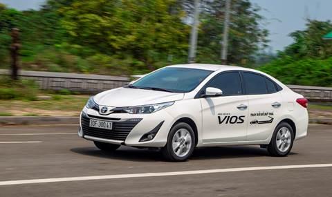 Toyota Vios trong một buổi lái thử.