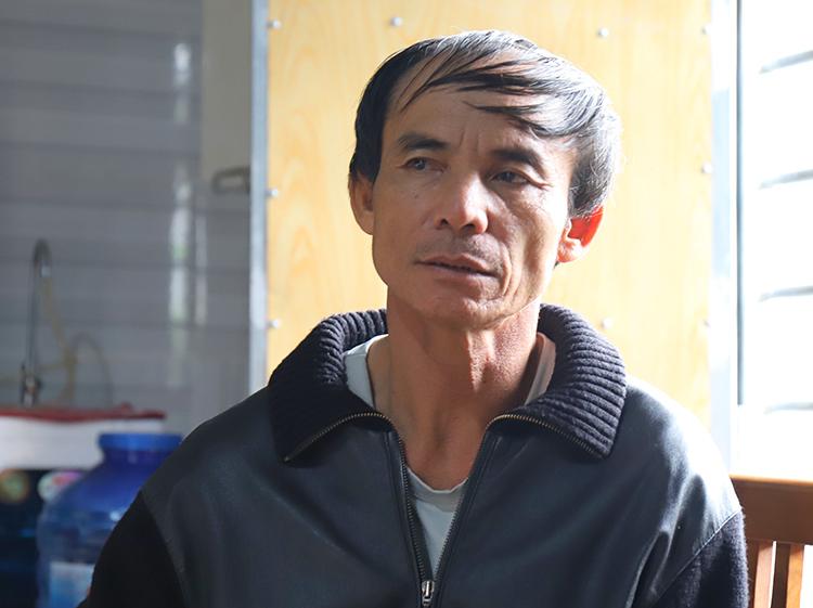 Ông Võ Văn Bình, bố anh Võ Văn Linh. Ảnh: Đức Hùng