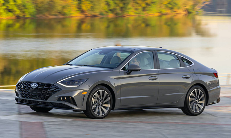 Hyundai Sonata thế hệ mới giá từ 32.400 USD tại thị trường Mỹ. Ảnh: Hyundai.