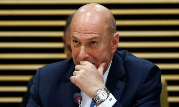 Đại sứ Mỹ tại EU Gordon Sondland tại một cuộc họp ở Brussels, Bỉ hôm 21/10. Ảnh: Reuters.