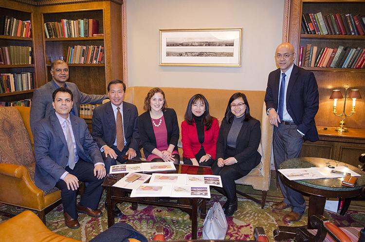 Đoàn dự án Đại học VinUni làm việc với đối tác Cornell tại Mỹ.