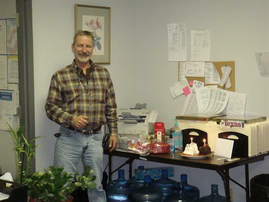 Greg ban đầu được cho là lên cơn đau tim. Ảnh: Life Tributes.