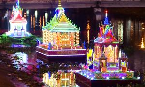 Lễ hội thả đèn nước của người Khmer