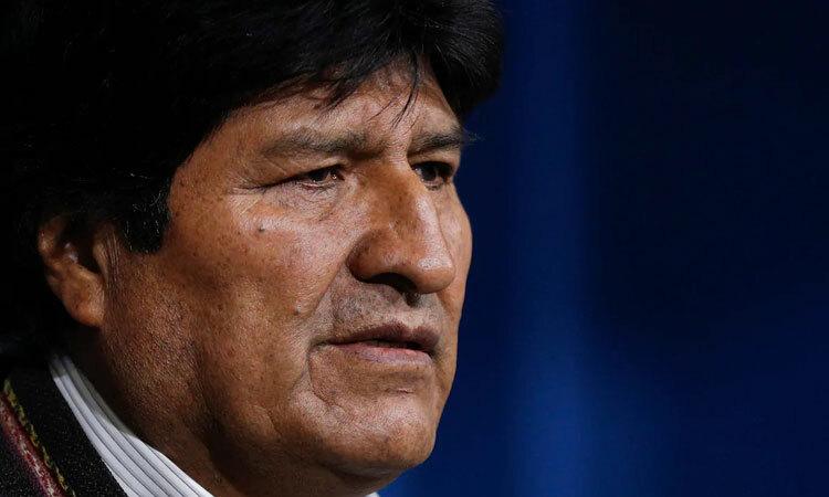 Morales trong một cuộc họp báo ở El Alto hôm 10/11. Ảnh: AP.