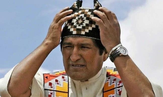 Khủng hoảng nhấn chìm Tổng thống Bolivia