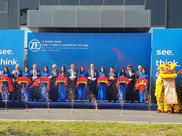 ZF khánh thành nhà máy trục xe cho VinFast tại Hải Phòng