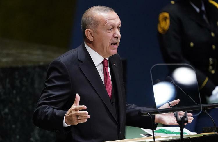 Tổng thống Thổ Nhĩ Kỳ Erdogan phát biểu trong phiên họp lần thứ 74 Đại hội đồng Liên Hợp Quốc tại New York, Mỹ hôm 24/9. Ảnh: Reuters.