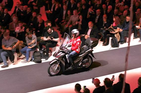 Honda SH phiên bản mới ra mắt thị trường châu Âu tại EICMA 2019.