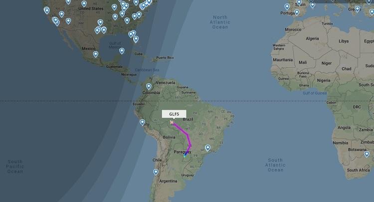 Máy bay chở cựu tổng thống Morales đang trên đường tới Mexico sau khi tiếp nhiên liệu ở Paraguay. Đồ họa: Flightradar24.