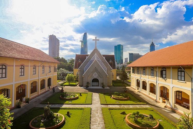 Nhà thờ Thủ Thiêm.